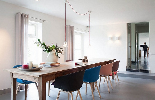Style-minimaliste-combinée-avec-des-éléments-de-ferme-pour-créer-une-salle-à-manger-fraîche